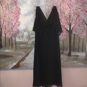 S L Fashions black Flowey lined mid length dress